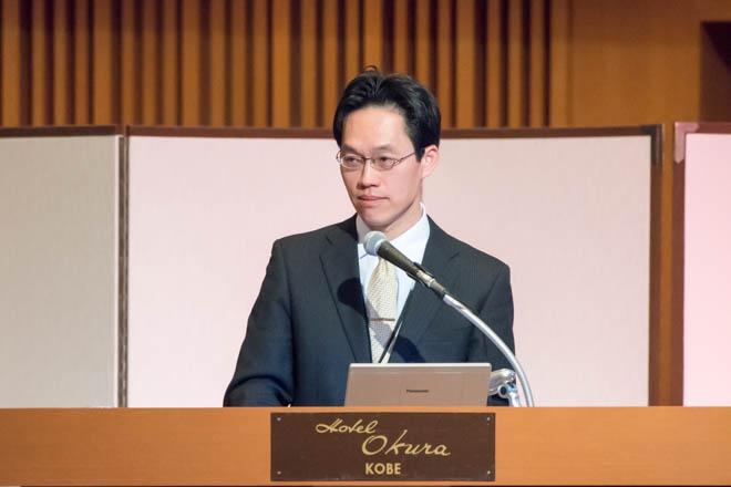 講演する林俊哲医師
