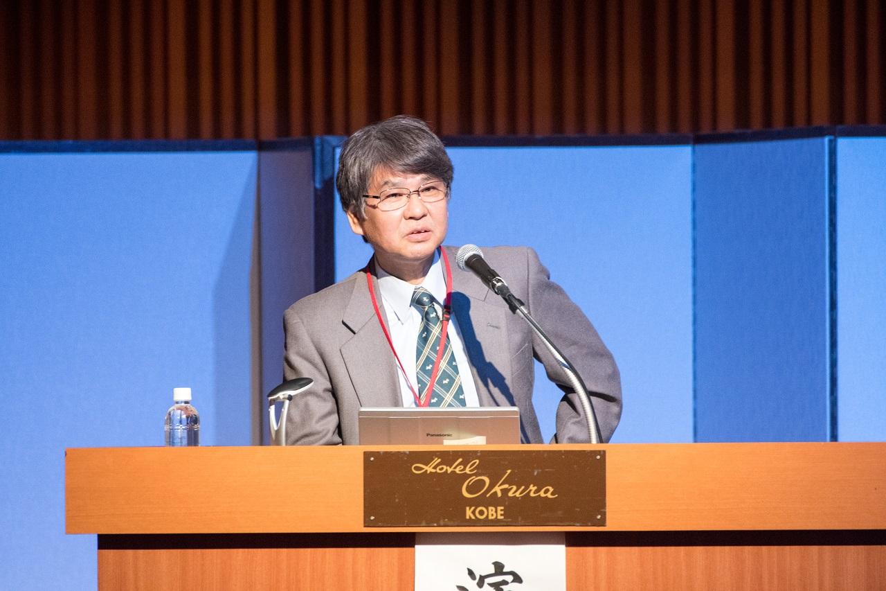 講演する廣川満良医師